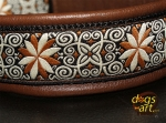 dogs-art Pinwheel Zinnia Easy Release Buckle Leather Collar - dark brown/black/zinnia brown