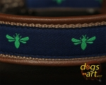 dogs-art Fly Away Easy Release Alu Buckle Leather Collar - dark brown/camel/fly away
