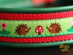 dogs-art Hedgehog Easy Release Buckle Leather Collar - green/red/hedgehog green